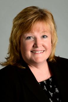 Photo of Carol Braungart